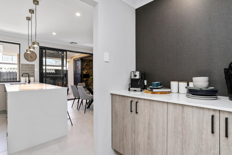 4 bed, 2 bath single storey home design Perth with 10m frontage by Aussie Living Homes
