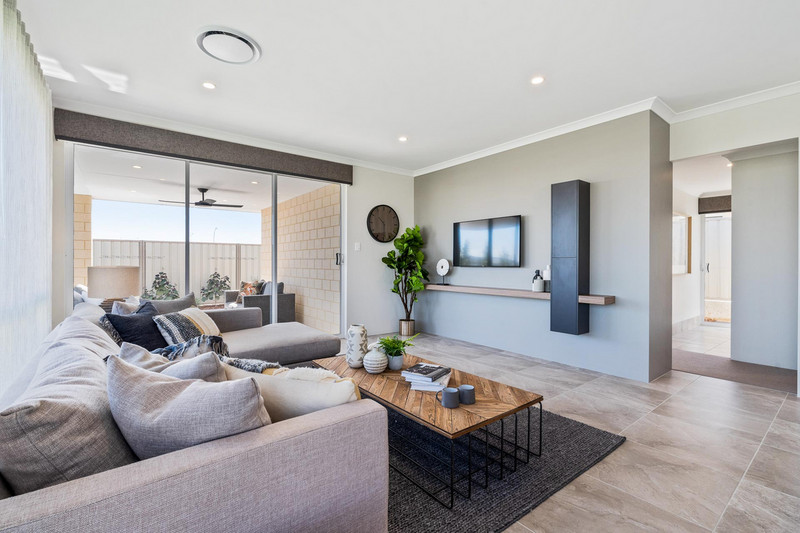 3 bed, 2 bath single storey home design Perth with 10.5m frontage by Aussie Living Homes