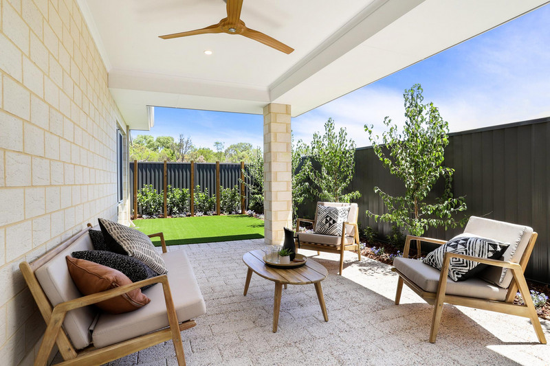 4 bed, 2 bath single storey home design Perth with 18m frontage by Aussie Living Homes