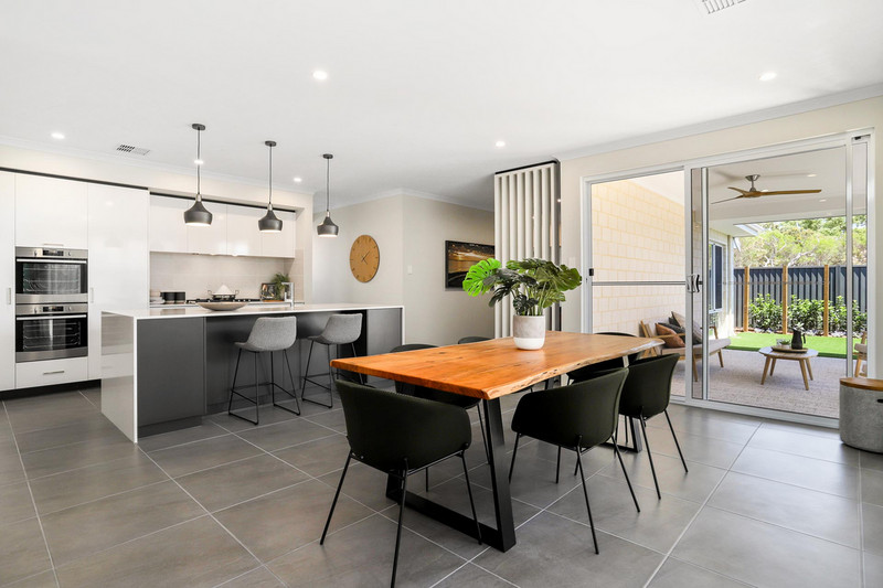 3 bed, 2 bath single storey home design Perth with 13.50m frontage by Aussie Living Homes