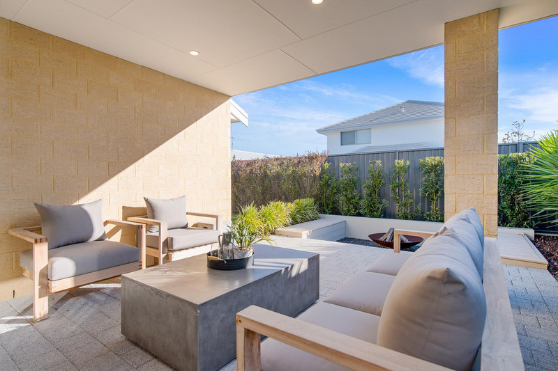 4 bed, 2 bath single storey home design Perth with 10.50m frontage by Aussie Living Homes