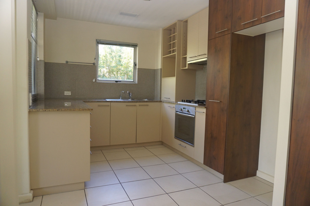 Spacious Unfurnished 3 Bedroom Apartment
