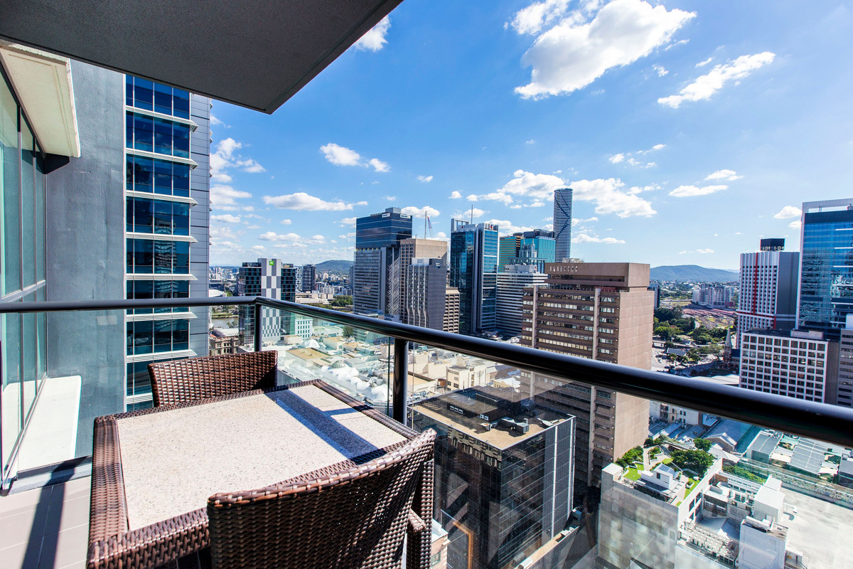 | Awesome CBD 1Bed Apartment furnished - short or long ...