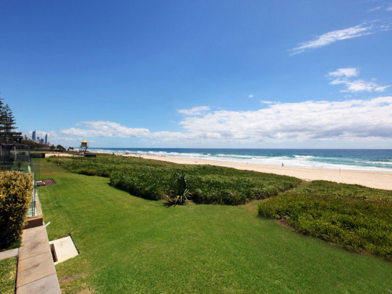159 Hedges Avenue, Mermaid Beach Qld 4218