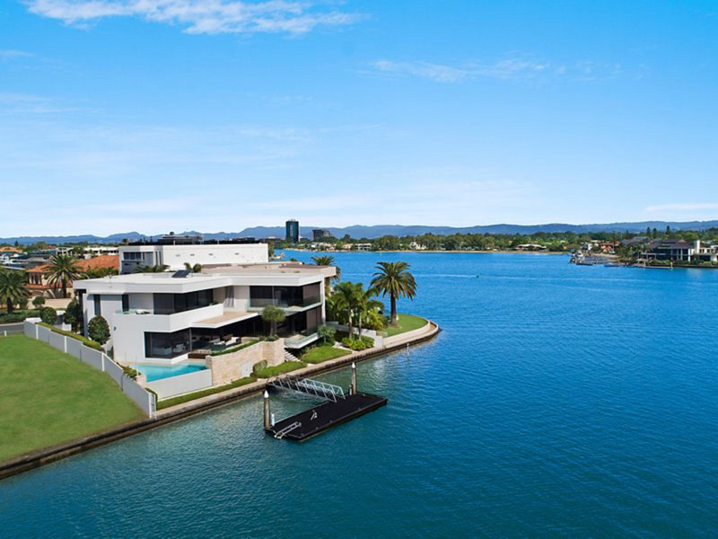 87 Admiralty Drive, Paradise Waters Qld 4217