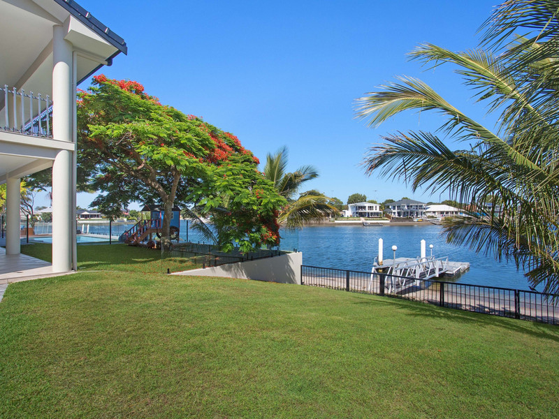 160 Tallebudgera Drive, Palm Beach Qld 4221