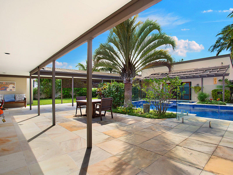 20 Binda Place, Bundall Qld 4217