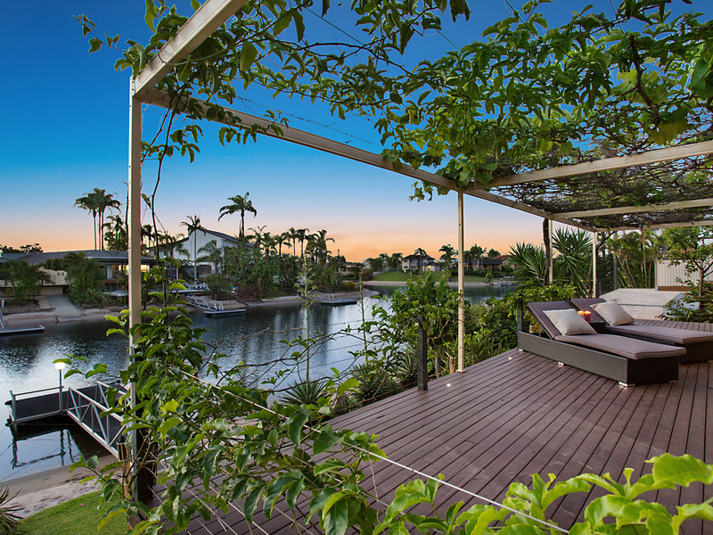 90 Campbell Street, Sorrento Qld 4217