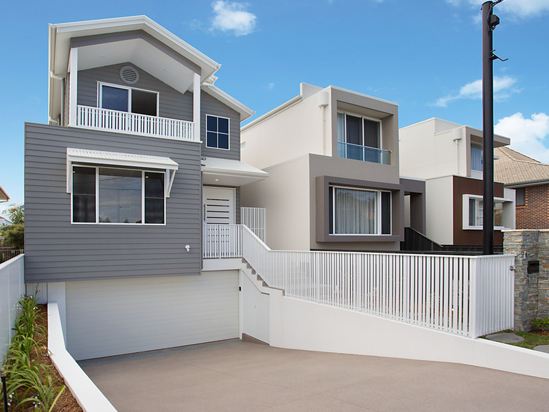 """haven"", 19 Seashell Avenue, Mermaid Beach Qld 4218"