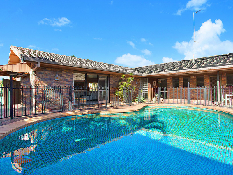 21 Norseman Court, Paradise Waters Qld 4217