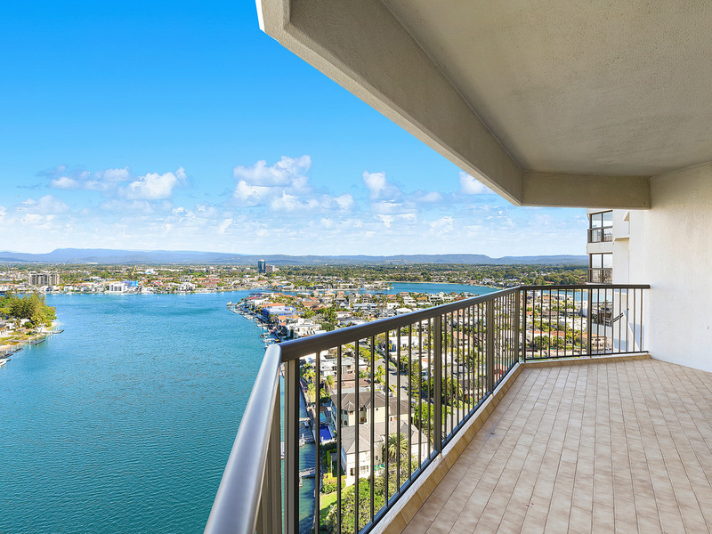 104 / 8 Admiralty Drive, Paradise Waters Qld 4217