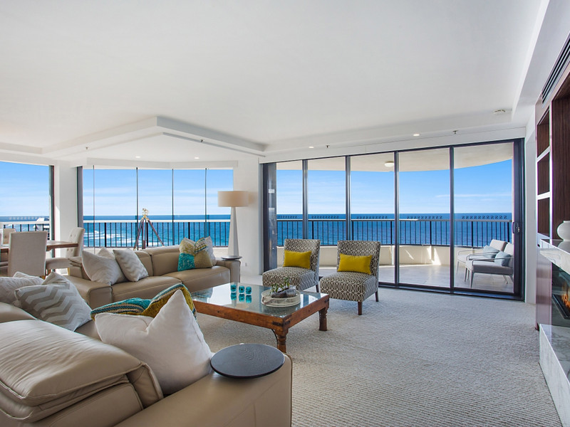Apartment 35 - 'silverpoint' - 3510 Main Beach Parade, Main Beach Qld 4217