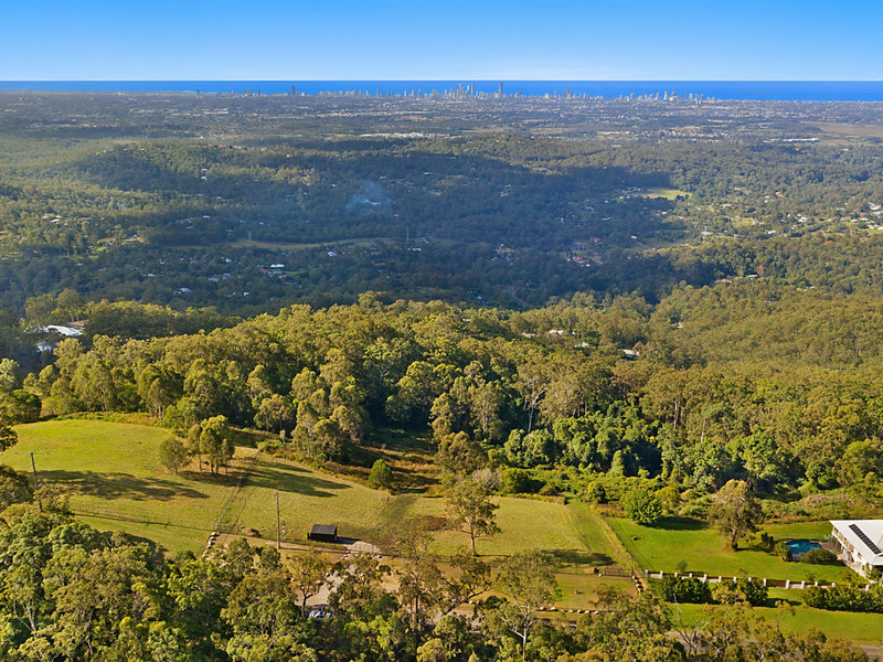 453 The Panorama, Tallai Qld 4213