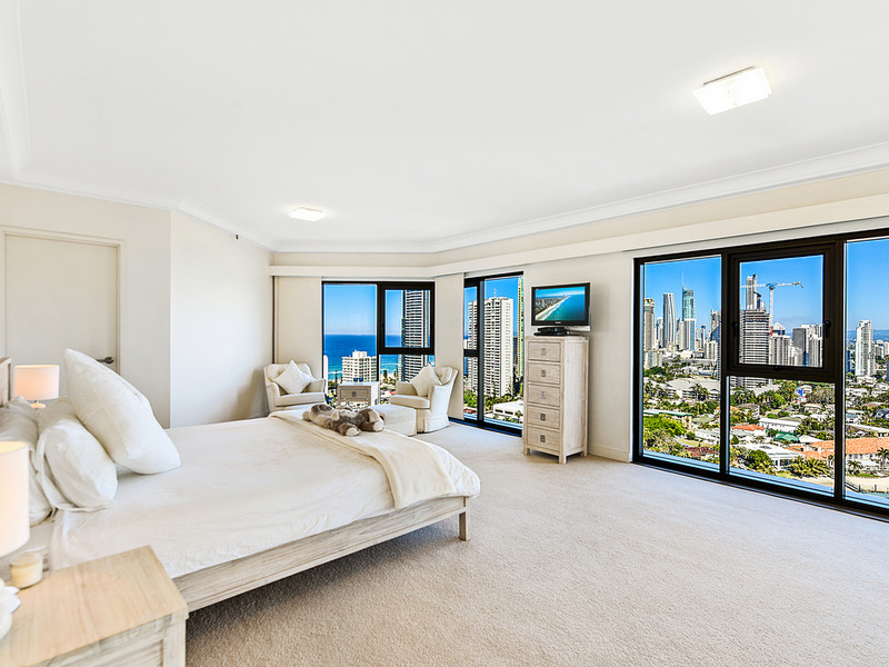 118 / 8 Admiralty Drive, Paradise Waters Qld 4217