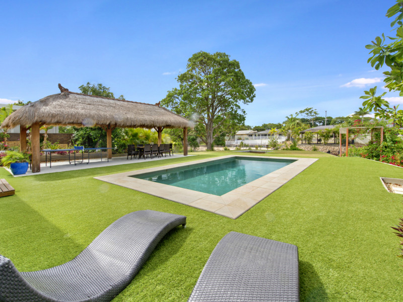 55 Rapallo Avenue, Isle Of Capri Qld 4217