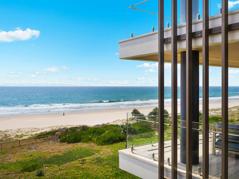 "4 ""temple"" - 1491 Gold Coast Highway, Palm Beach Qld 4221"