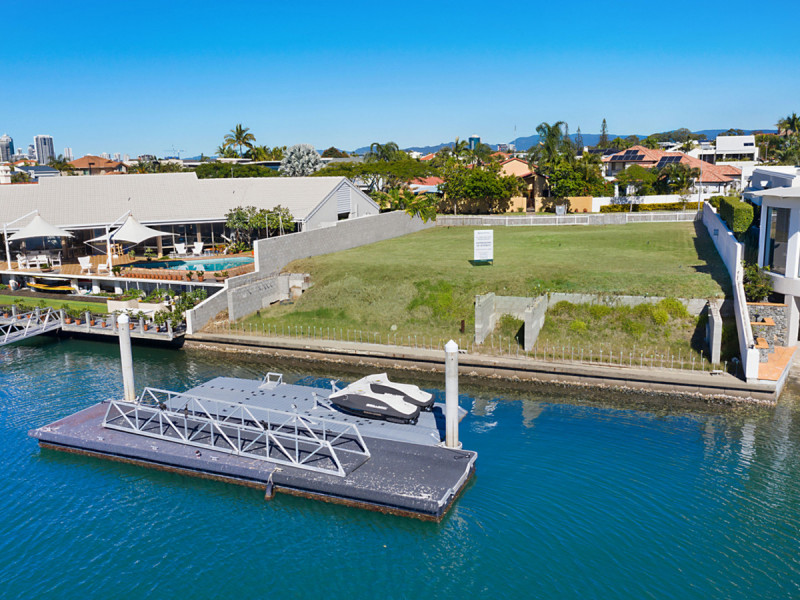 85 Commodore Drive, Paradise Waters Qld 4217