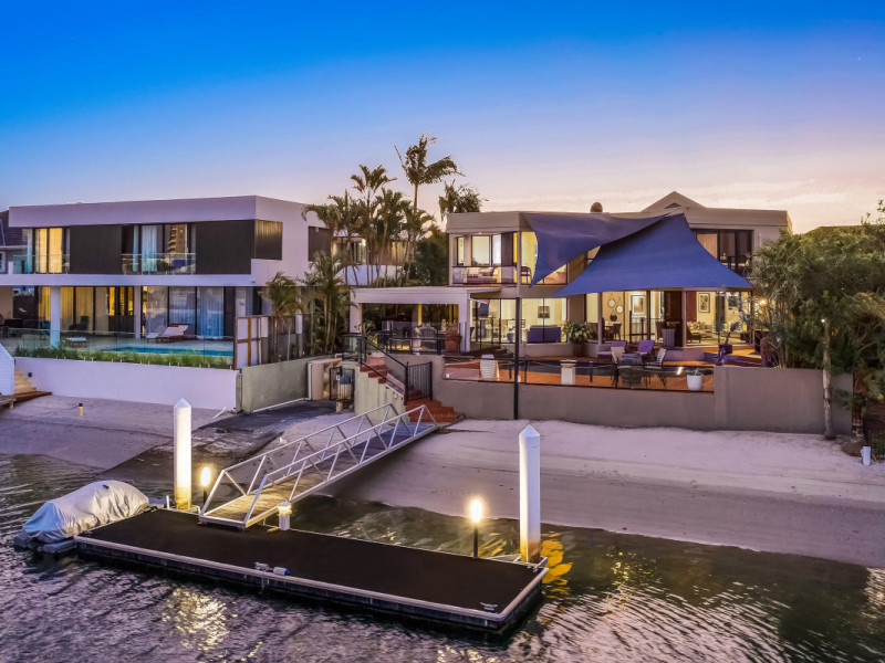 19 Buccaneer Court, Paradise Waters Qld 4217
