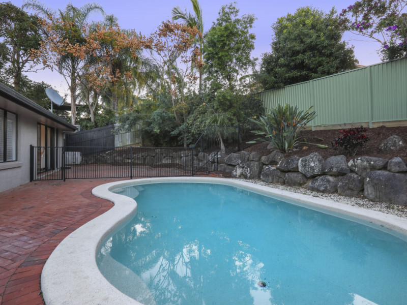 3 Warrungen Way, Ashmore Qld 4214