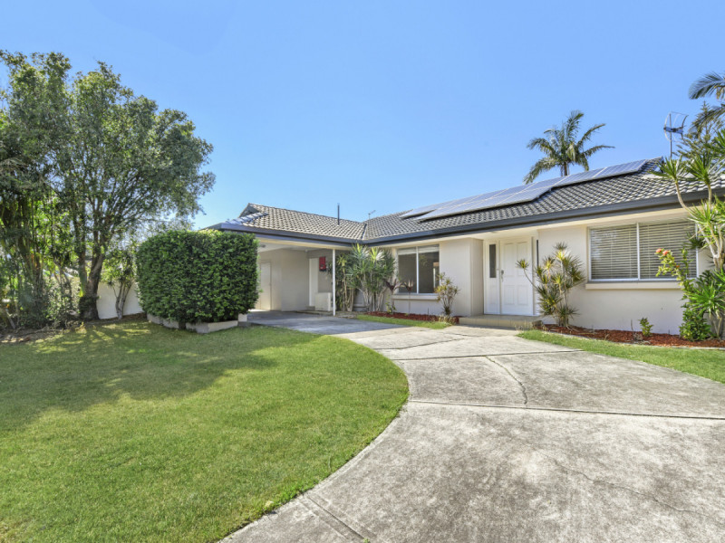 50 Via Roma, Isle Of Capri Qld 4217