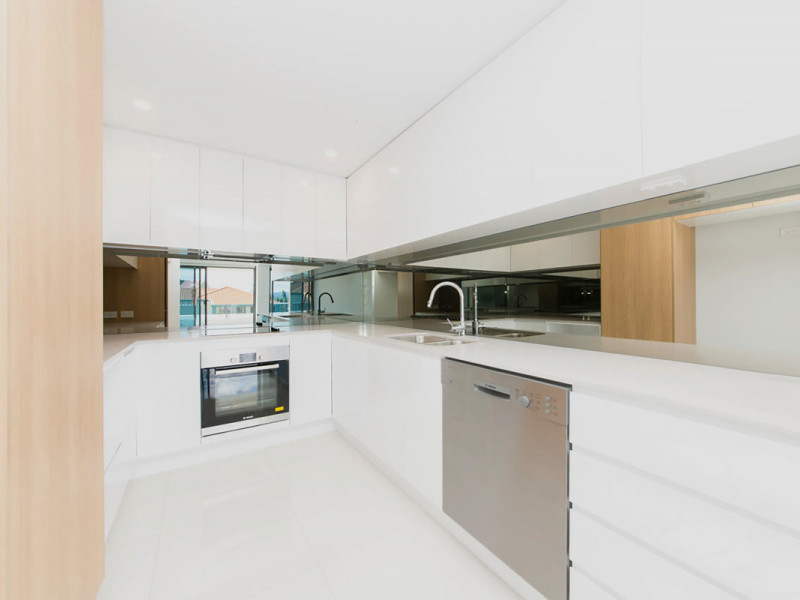 310 / 9-15 Markeri Street, Mermaid Beach Qld 4218