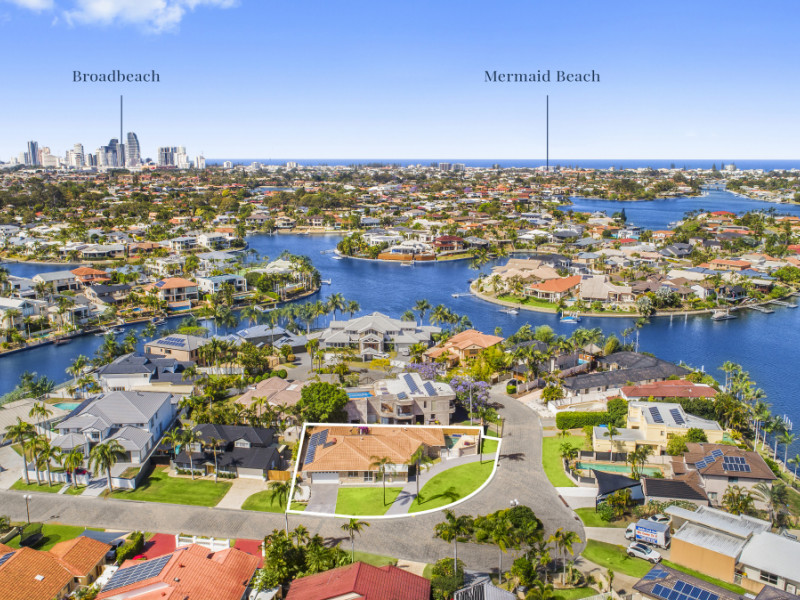 28 Portobello Drive, Mermaid Waters Qld 4218