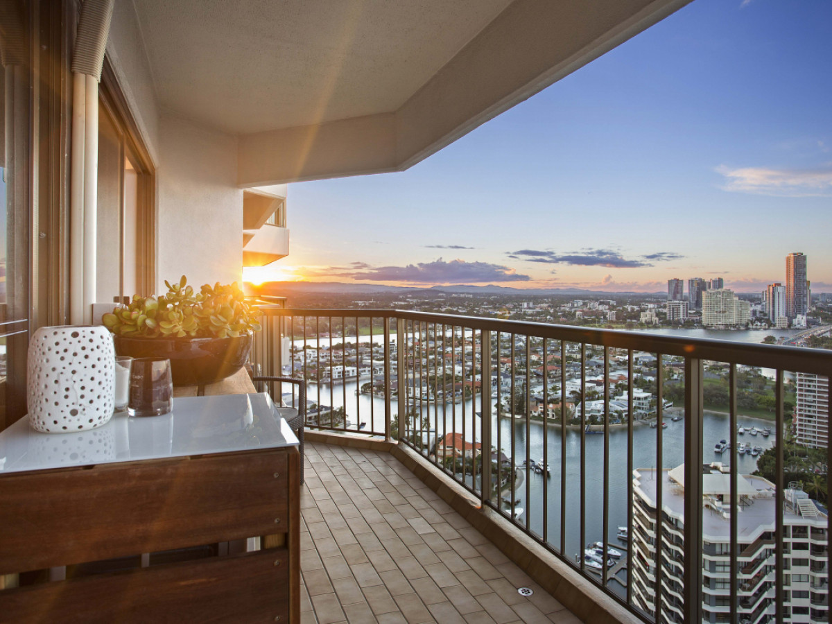 151 / 8 Admiralty Drive, Paradise Waters Qld 4217