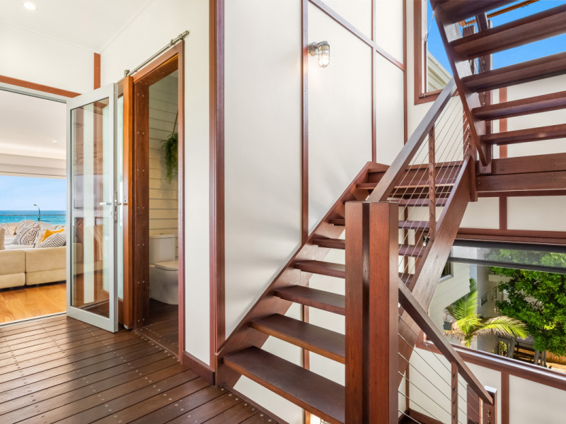 734 Pacific Parade, Currumbin Qld 4223