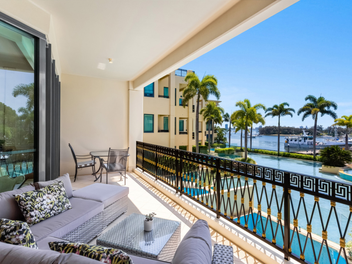 57 / 94 Seaworld Drive, Main Beach Qld 4217
