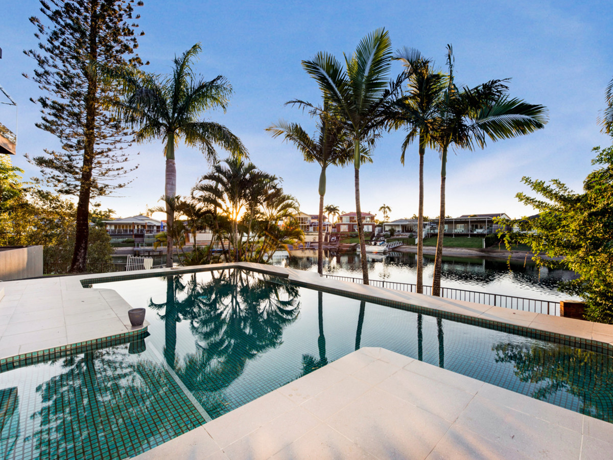 1 Platypus Avenue, Sorrento Qld 4217