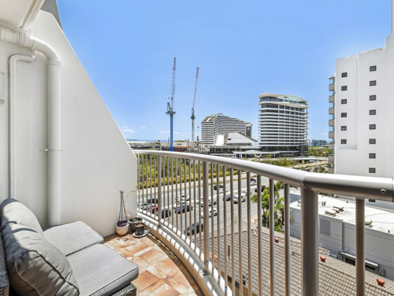 603 / 40 Surf Parade, Broadbeach Qld 4218