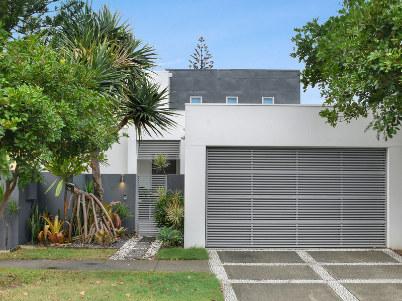 73 Seagull Avenue, Mermaid Beach Qld 4218