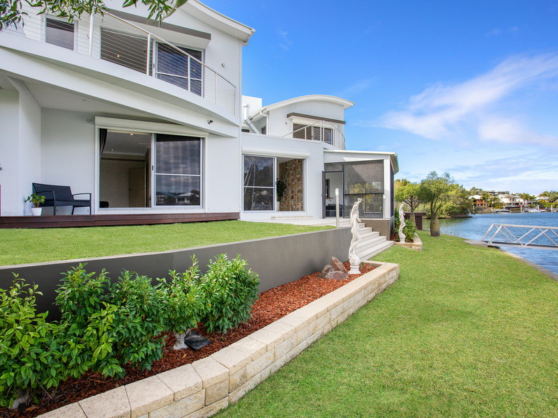 13 Rival Lane, Coomera Waters Qld 4209