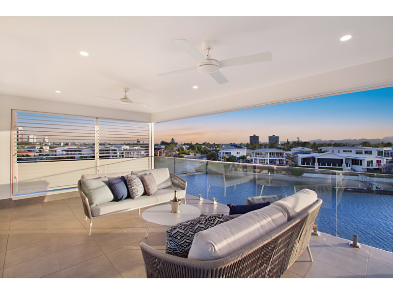 25 A&b Flamingo Key, Broadbeach Waters Qld 4218