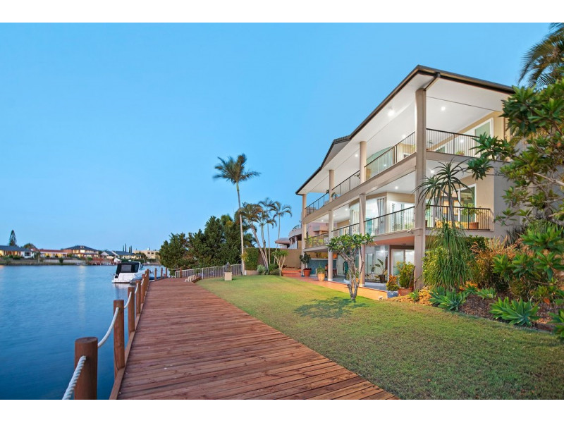 132 Port Jackson Boulevard, Clear Island Waters Qld 4226