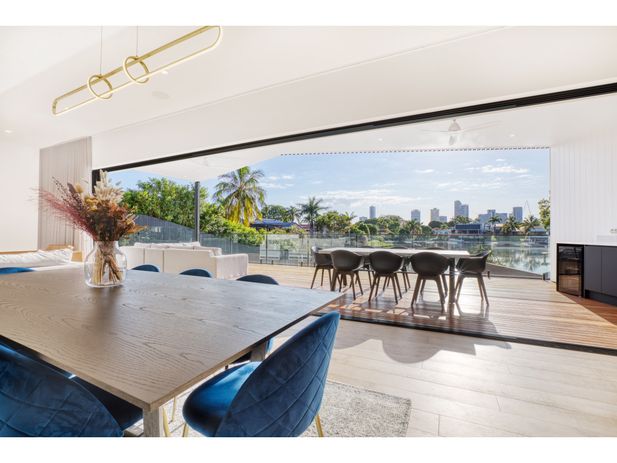 140 Rio Vista Boulevard, Broadbeach Waters Qld 4218