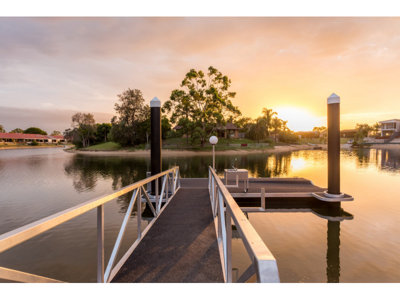 5 Plumosa Crt, Mermaid Waters Qld 4218