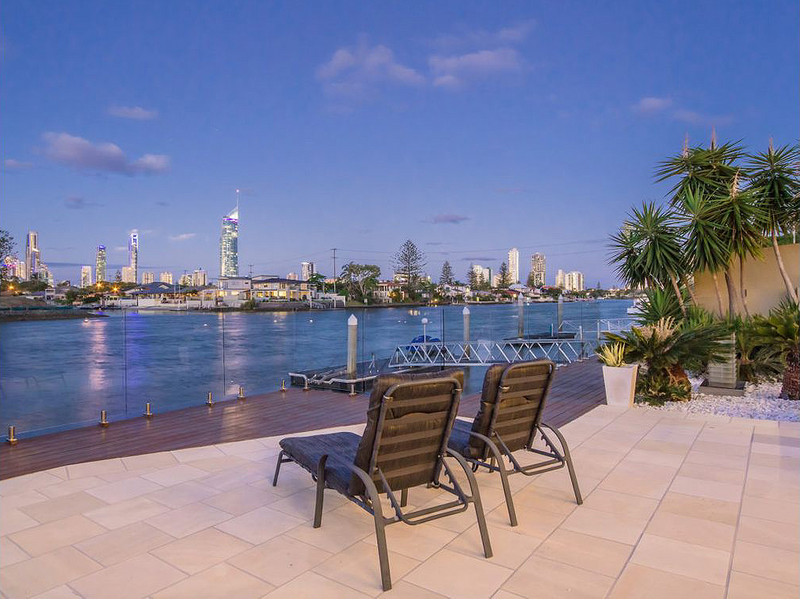 41 Furlong Street, Broadbeach Waters Qld 4218