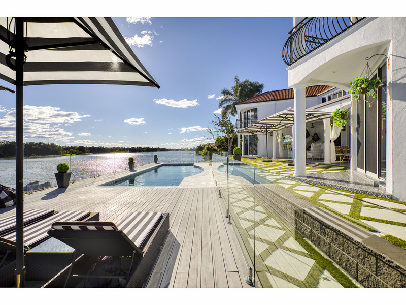 26 Staysail Crescent, Clear Island Waters Qld 4226