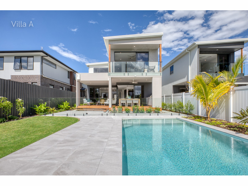 45a Fairway Drive, Clear Island Waters Qld 4226