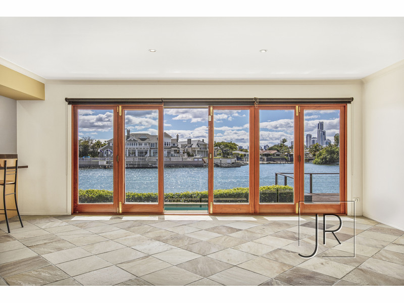 145 Monaco Street, Broadbeach Waters Qld 4218