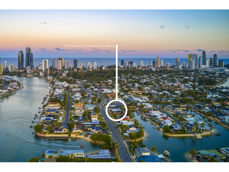124 Monaco Street, Broadbeach Waters Qld 4218
