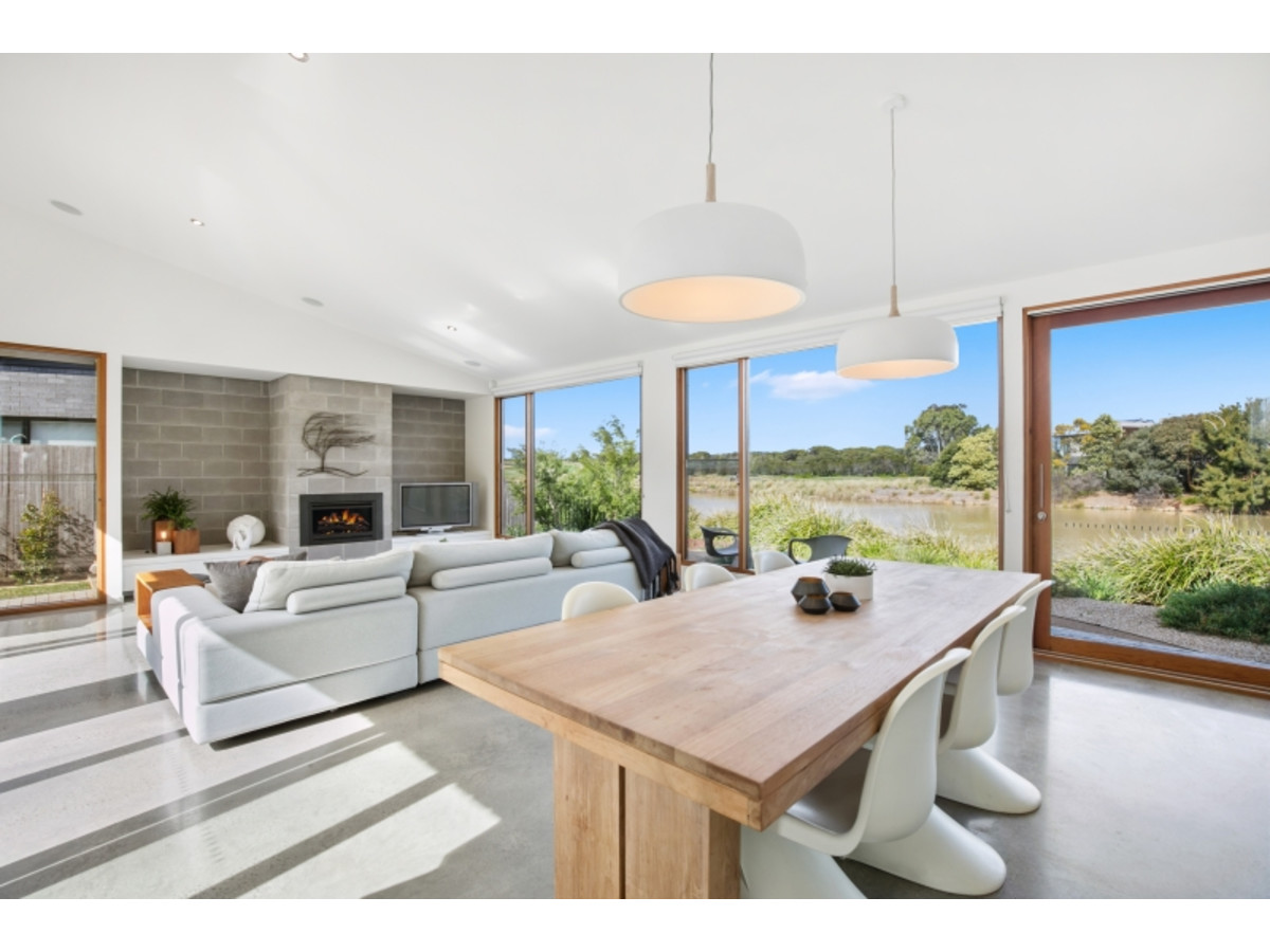 Award Winning Master Builders Best Regional Home