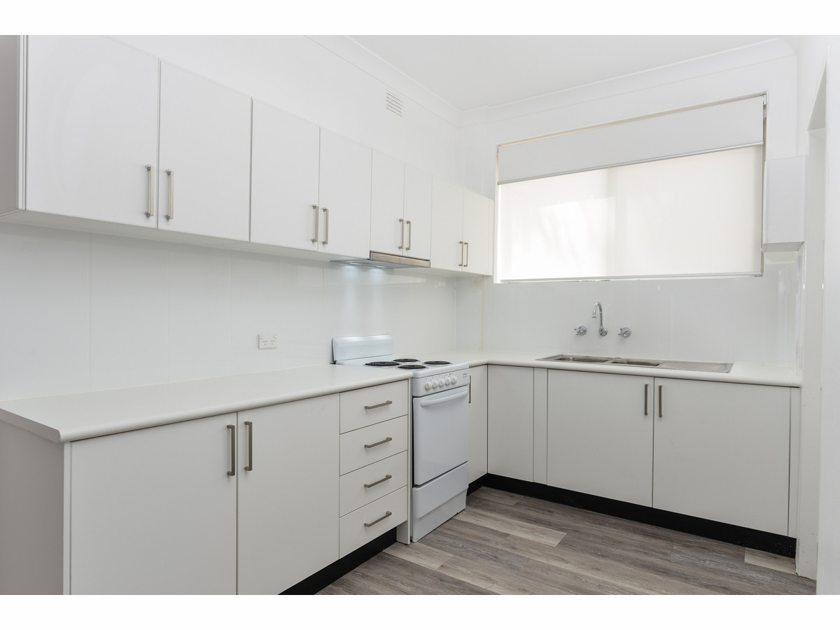 Fully Renovated - Ground Floor 'End' Unit