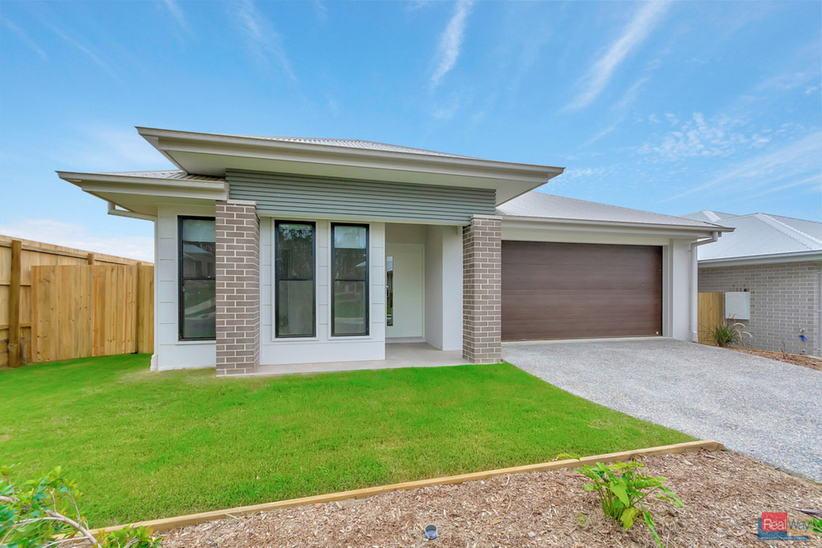 BRAND NEW - Stockland Completed Home - READY NOW