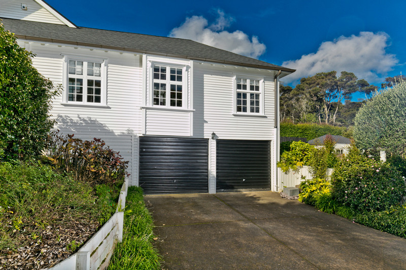 27 Bernard Magnus Lane, Greenhithe, North Shore City, Auckland 0632