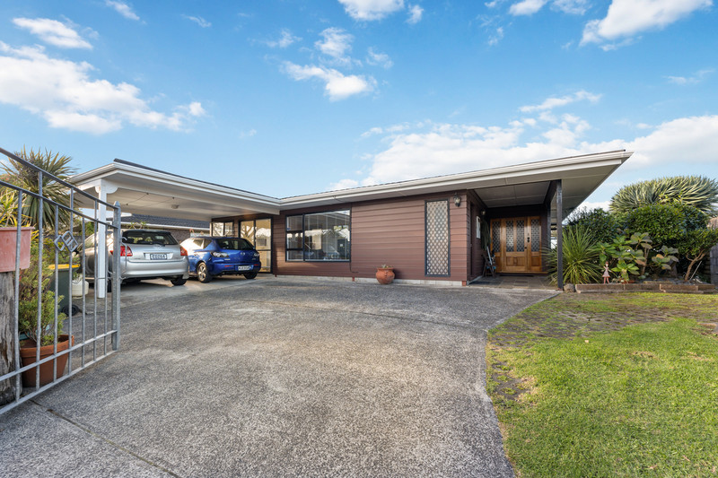 33 Sartors Avenue, Northcross, North Shore City, Auckland 0630
