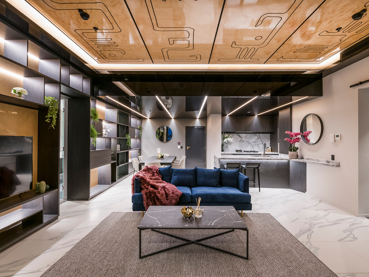Exclusive Newstead Penthouse In Prime Location