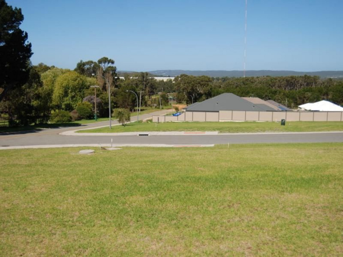 Lot 660 / Lot 660 Greyhound Circle, GLEDHOW WA 6330
