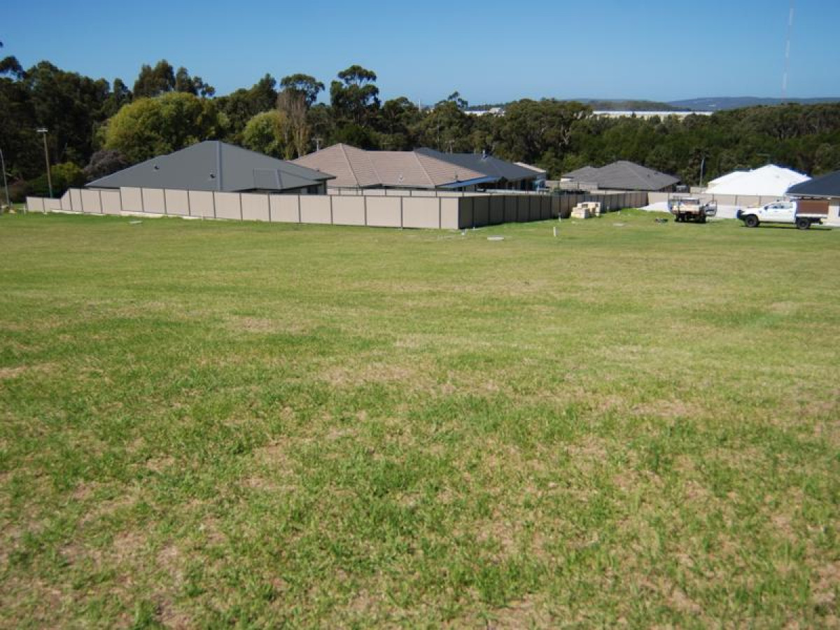 Lot 664 / Lot 664 Greyhound Circle, GLEDHOW WA 6330